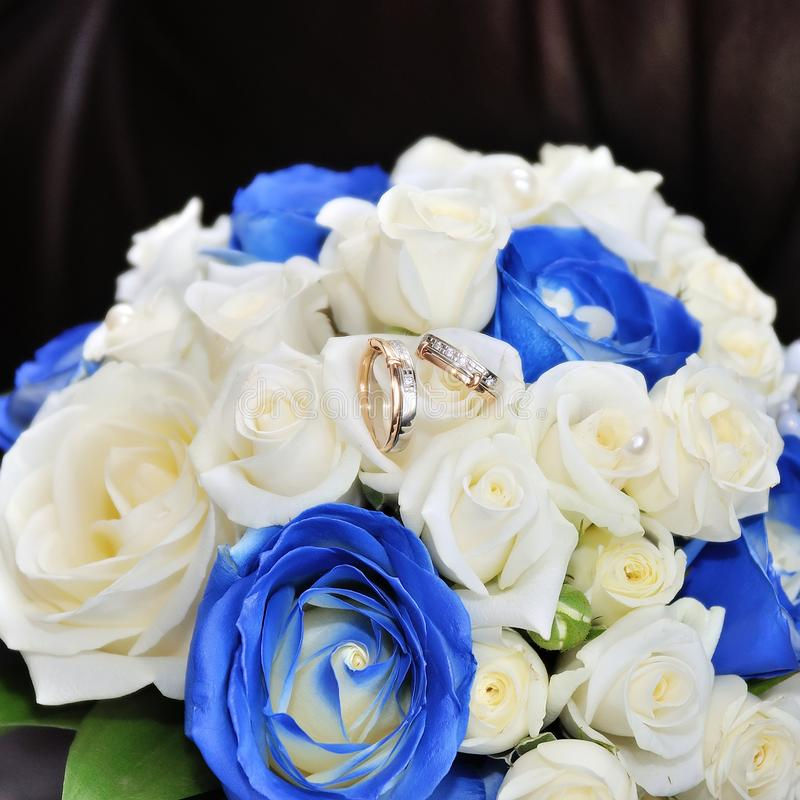 Ślubny bukiet z różami obrazy royalty free
