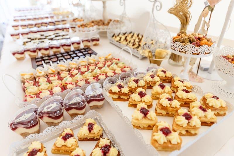 Ślubny deseru stół obrazy royalty free