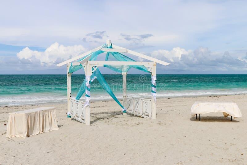 Ślubny gazebo na plaży, Kuba, Varadero zdjęcie royalty free