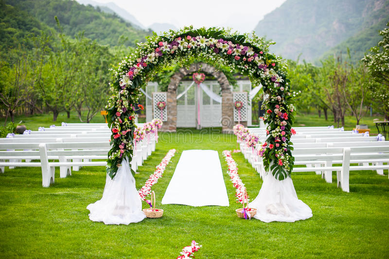 Ślubny kwiatu drzwi obraz royalty free