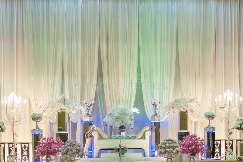 Ślubny ołtarz na scenie obrazy stock