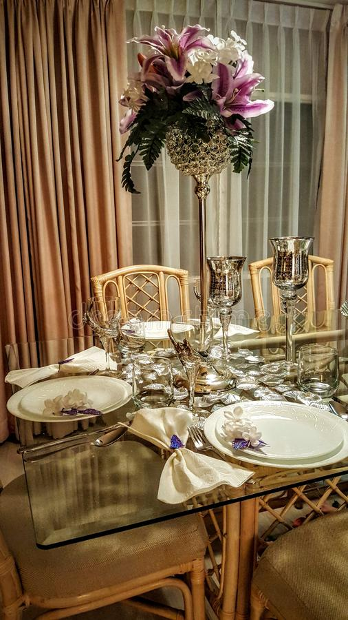Ślubny stołowy projekt obrazy stock