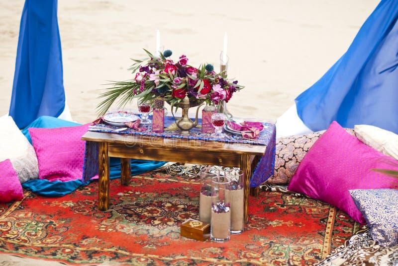 Ślubny stołowy przygotowania Maroko przełaz zdjęcia stock