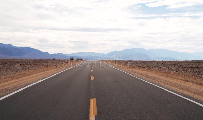 Śmiertelna Dolinna autostrada góry zdjęcia royalty free