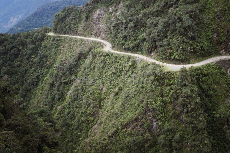 Śmiertelna droga - niebezpieczna droga w świacie, Północny Yungas obrazy royalty free