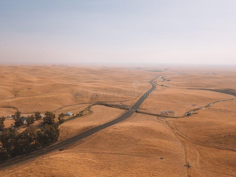 Śmiertelny dolinny bezludzie z piasek diunami zdjęcia royalty free