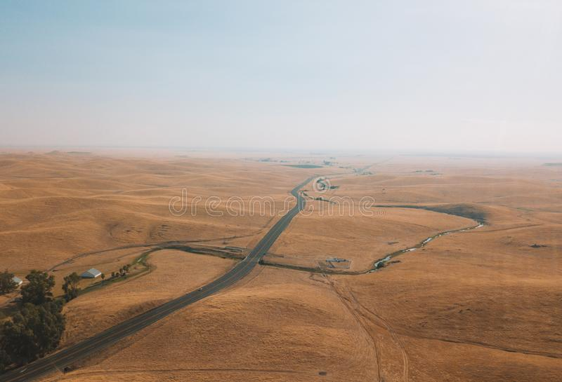 Śmiertelny dolinny bezludzie z piasek diunami obraz stock