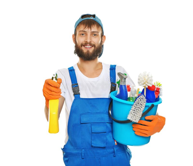 Śmieszny młody człowiek z cleaning dostawami zdjęcia royalty free