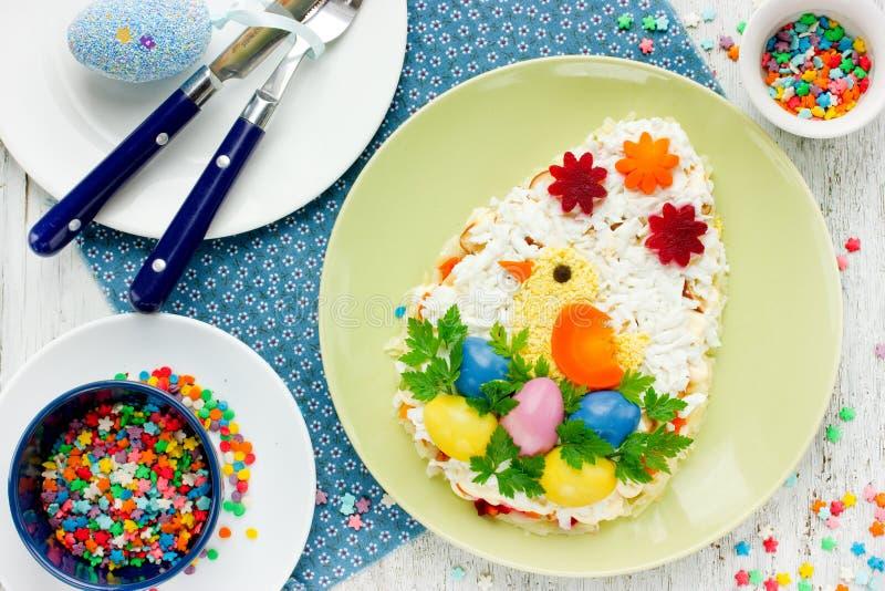 Śmieszny pomysł dla Wielkanocnego gościa restauracji - pięknego i wyśmienicie Easter eg. zdjęcia royalty free