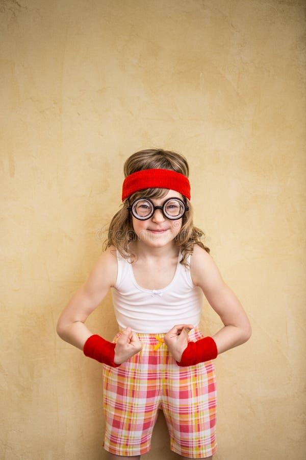 Śmieszny silny dziecko obrazy royalty free