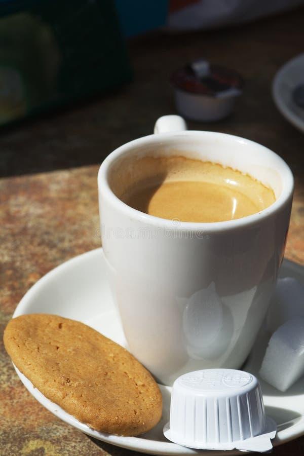 śmietanka kawowa obrazy royalty free