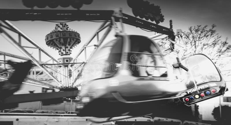 Śmigłowcowa dziecka ` s carousel przejażdżka dla dzieci w rozrywce obraz royalty free