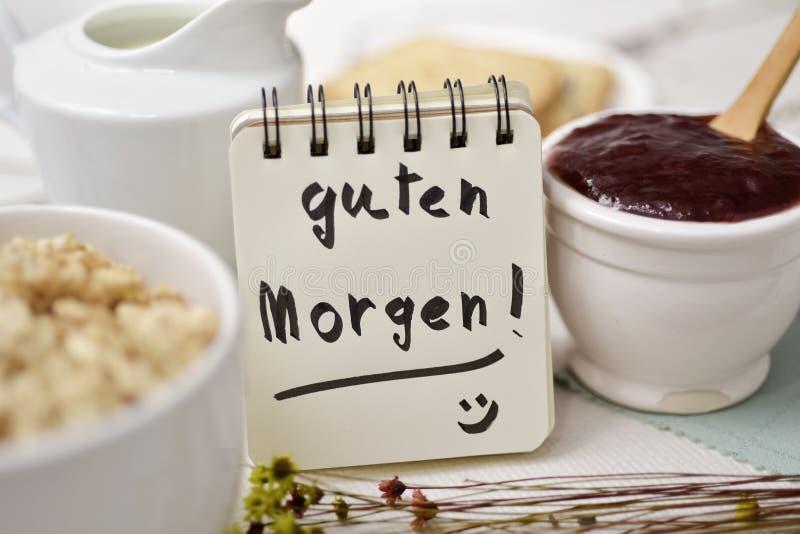 Śniadania i teksta dzień dobry w niemiec zdjęcia stock