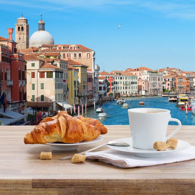 Śniadanie przy Wenecja, Włochy zdjęcie royalty free