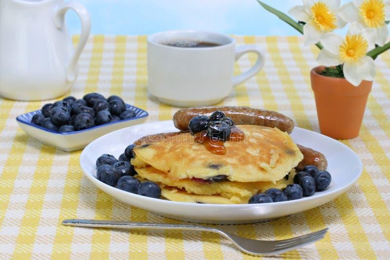 śniadaniowy czarna jagoda blin obraz royalty free