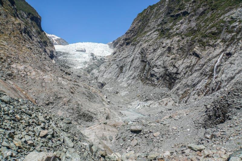 Śnieżna i lodowa góra lodowa na lodowu w Nowa Zelandia obraz stock