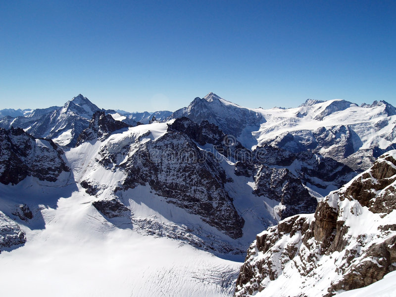 śnieżni titlis górskie obrazy stock