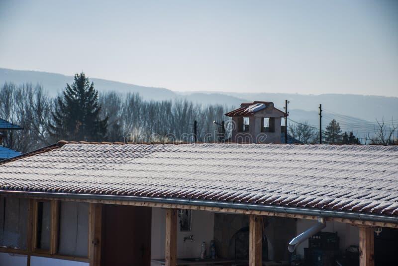 Śnieżny dach fotografia stock