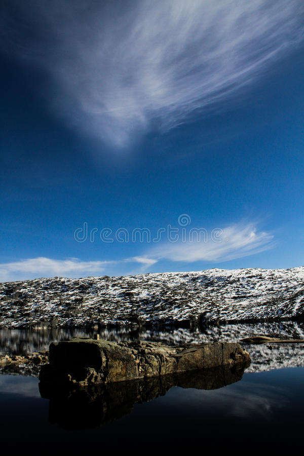 Śnieżny halny jezioro fotografia royalty free