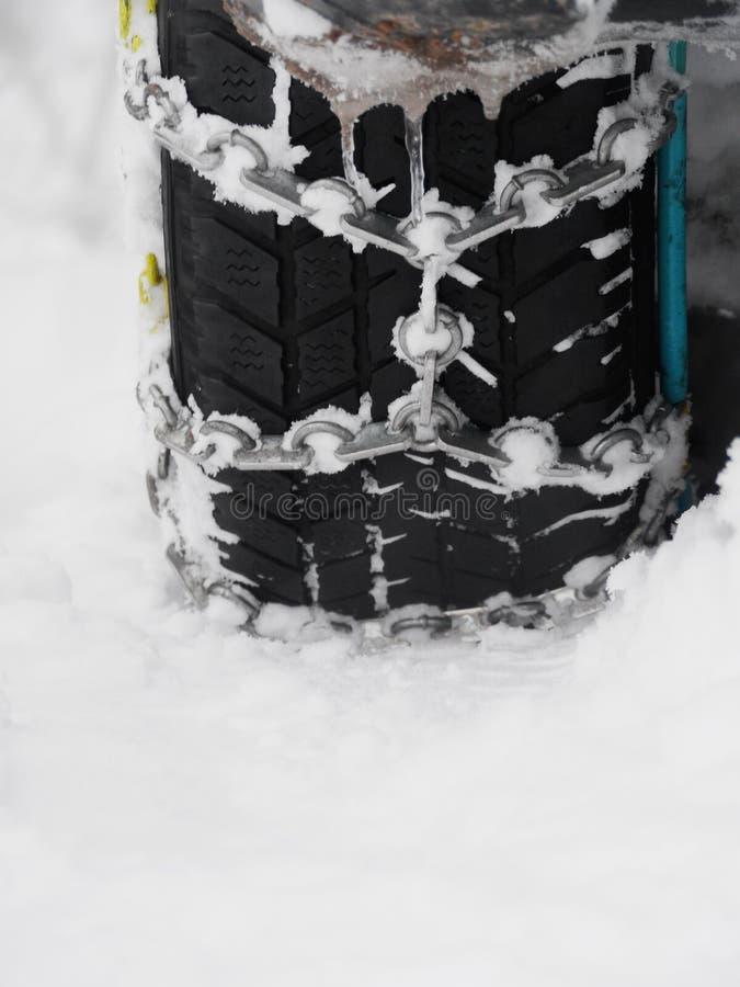 Śnieżnych łańcuchów zima zdjęcia royalty free