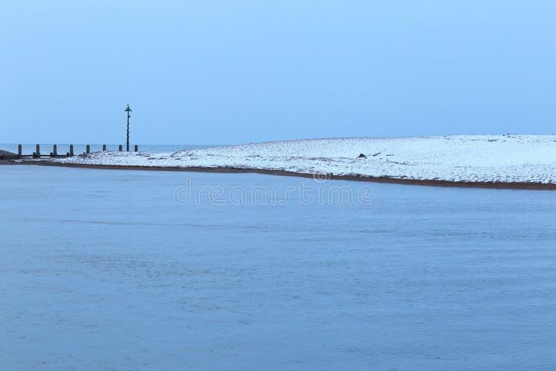 Śnieg spada na Jurajskim wybrzeżu obrazy royalty free