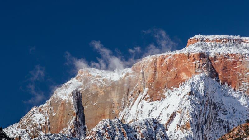 Śnieg Wyparowywa na pasmie górskim w Zion parku narodowym, Utah zdjęcia stock