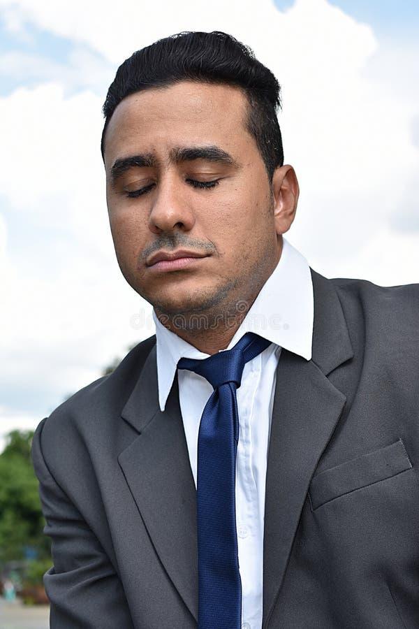 Śpiący Latynoski Biznesowy mężczyzna obrazy royalty free
