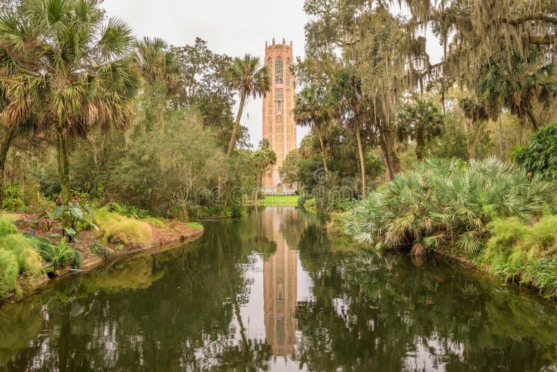 Śpiewacki wierza w Jeziornym Walia, Floryda zdjęcia royalty free