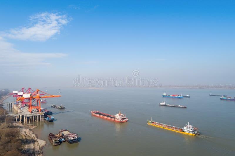 Śródlądowy zbiornika terminal z jangcy obraz stock