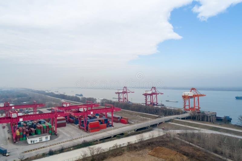 Śródlądowy zbiornika terminal zbliżenie fotografia royalty free