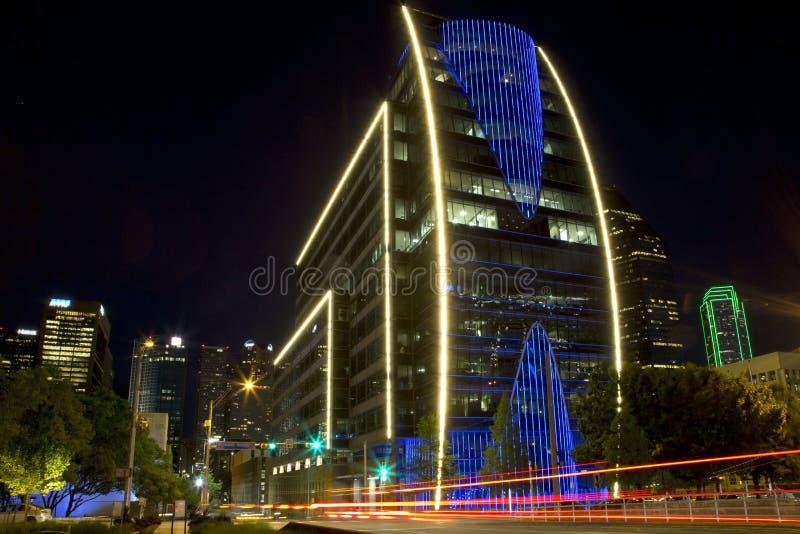 Śródmieście Dallas przy nocą zdjęcia royalty free