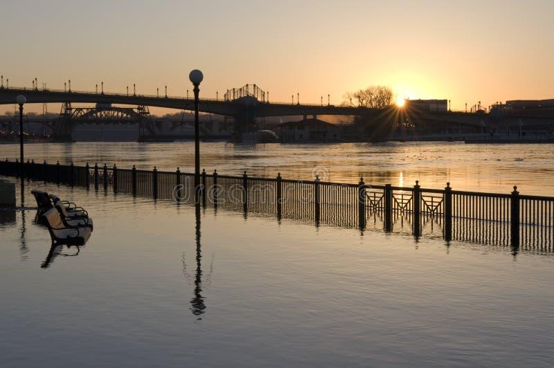 śródmieście zalewający Mississippi Paul rzeki święty obrazy royalty free