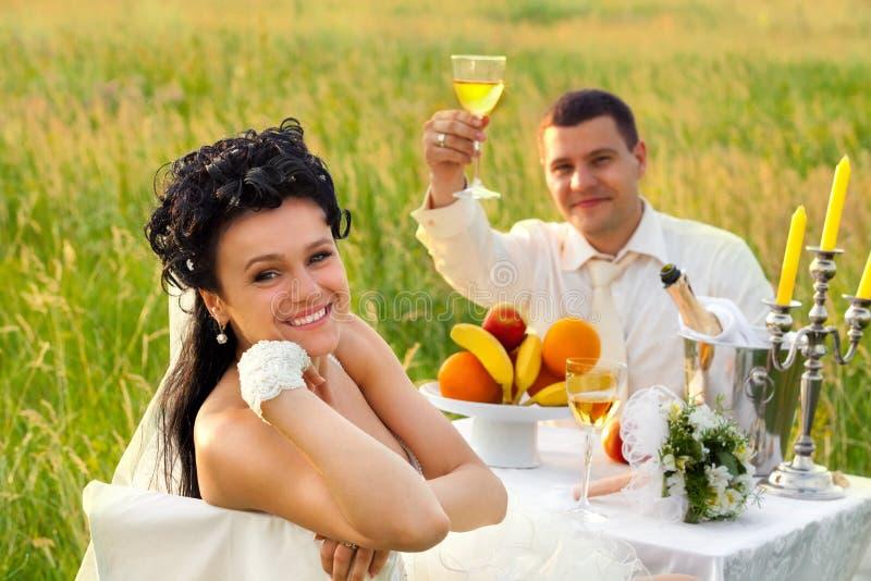 śródpolny gość restauracji ślub zdjęcie stock