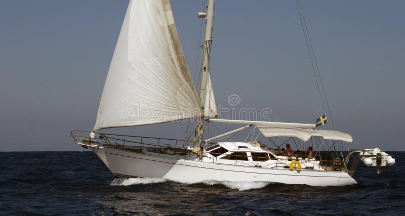 śródziemnomorskiego żeglowania denny jacht zdjęcia royalty free