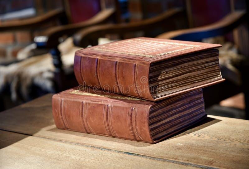 Średniowieczne sąd książki obrazy stock