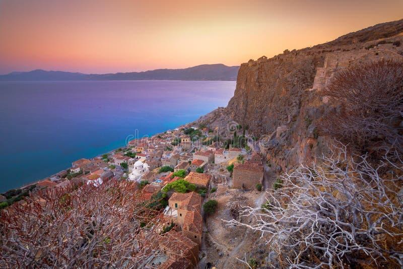 Średniowieczny ` castletown ` Monemvasia, często nazwany ` Grecki Gibraltar `, Lakonia, Peloponnese zdjęcie royalty free