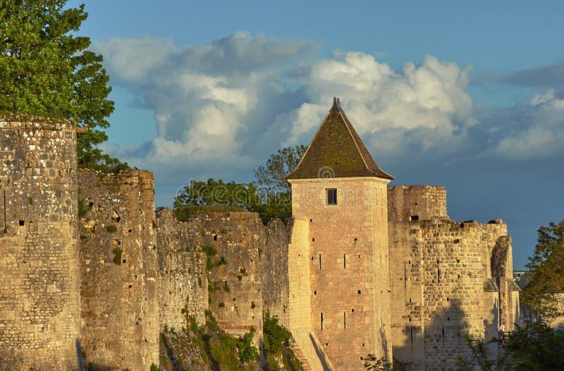Średniowieczny góruje i ramparts w Provins fotografia stock