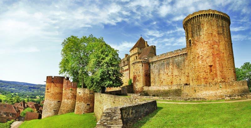 Średniowieczny grodowy Castelnau w Bretenoux obraz stock
