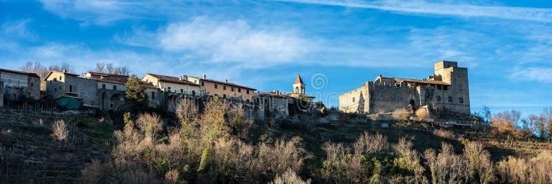 Średniowieczny kasztel Lusuolo, Mulazzo - Tuscany Włochy fotografia stock