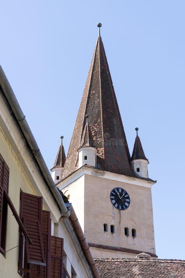 Średniowieczny saxon wierza Cisnadie fortyfikował kościół zdjęcia royalty free