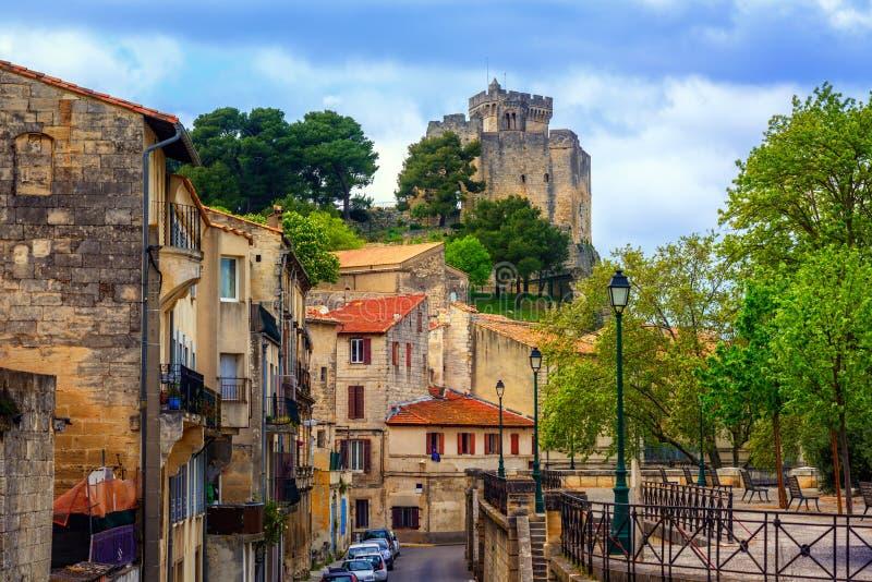 Średniowieczny stary miasteczko i kasztel Beaucaire, Francja zdjęcia stock