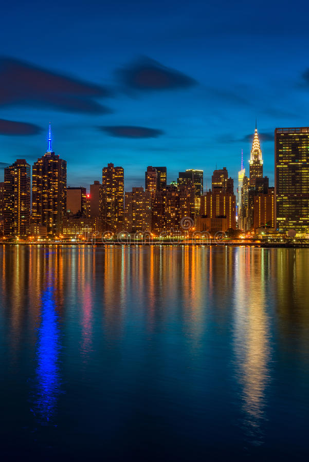 Środek miasta Manhattan NYC przy zmrokiem zdjęcie royalty free