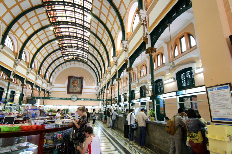środkowego biura poczta saigon Vietnam zdjęcie royalty free