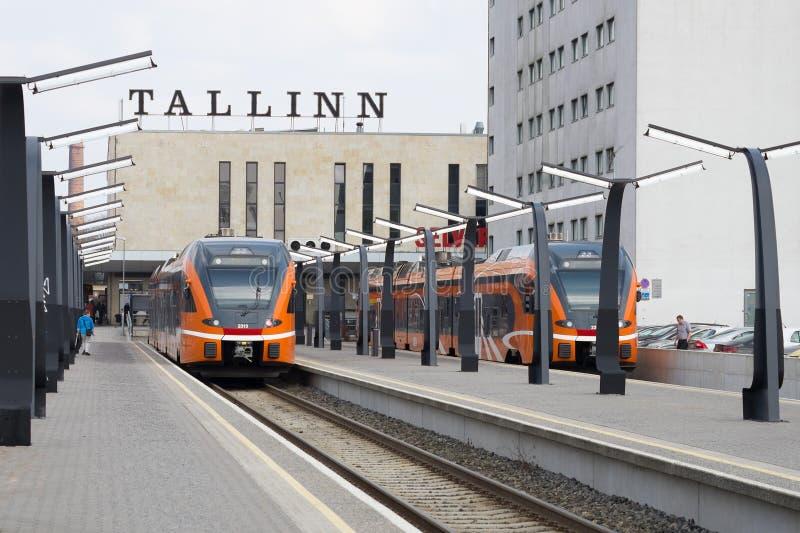 Środkowy dworzec Tallinn, Balti Jaam Bałtycka stacja - obraz stock