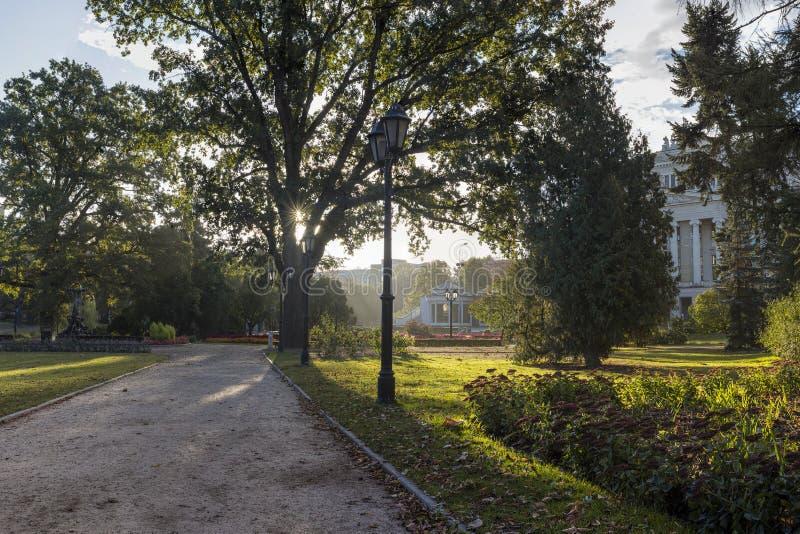 Środkowy jawny park w Ryskim kapitałowy i wielki miasto Latvia, fotografia royalty free