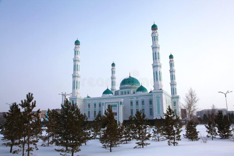 Środkowy katedralny meczet Karaganda, Kazachstan obrazy royalty free