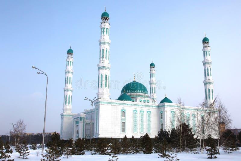 Środkowy katedralny meczet Karaganda, Kazachstan obraz stock