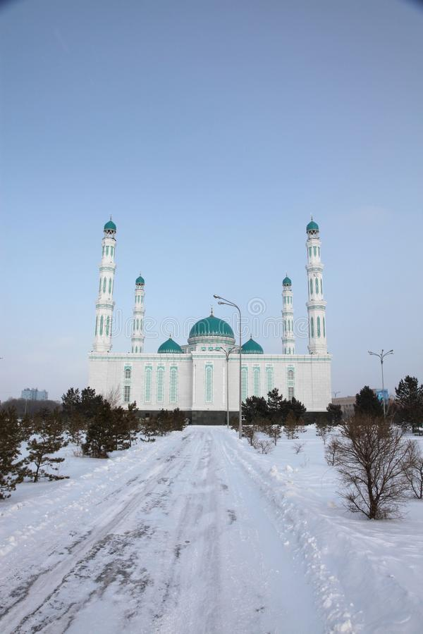 Środkowy katedralny meczet Karaganda, Kazachstan fotografia royalty free