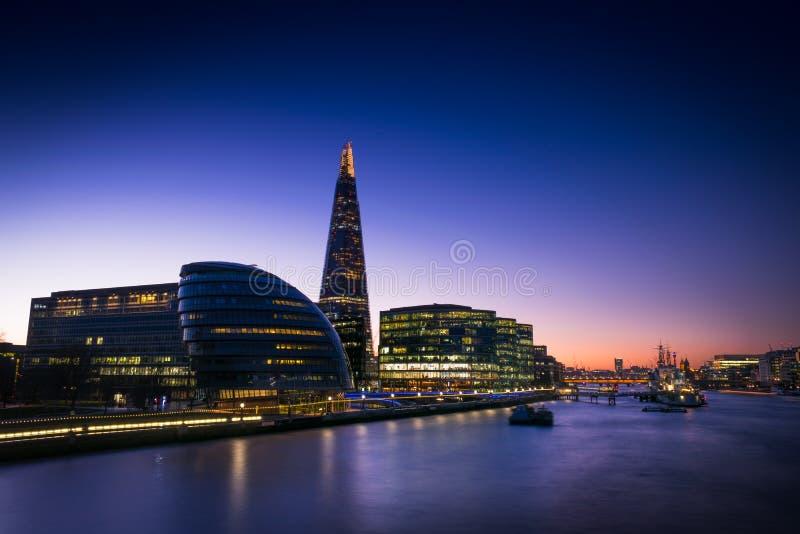 Środkowy Londyn od wierza mosta obrazy stock