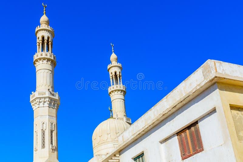 Środkowy meczet w El Dahar okręgu Hurghada miasto, Egipt fotografia royalty free